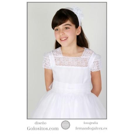 Vestido de Comunion Organdi Suizo blanco, escote puntillas