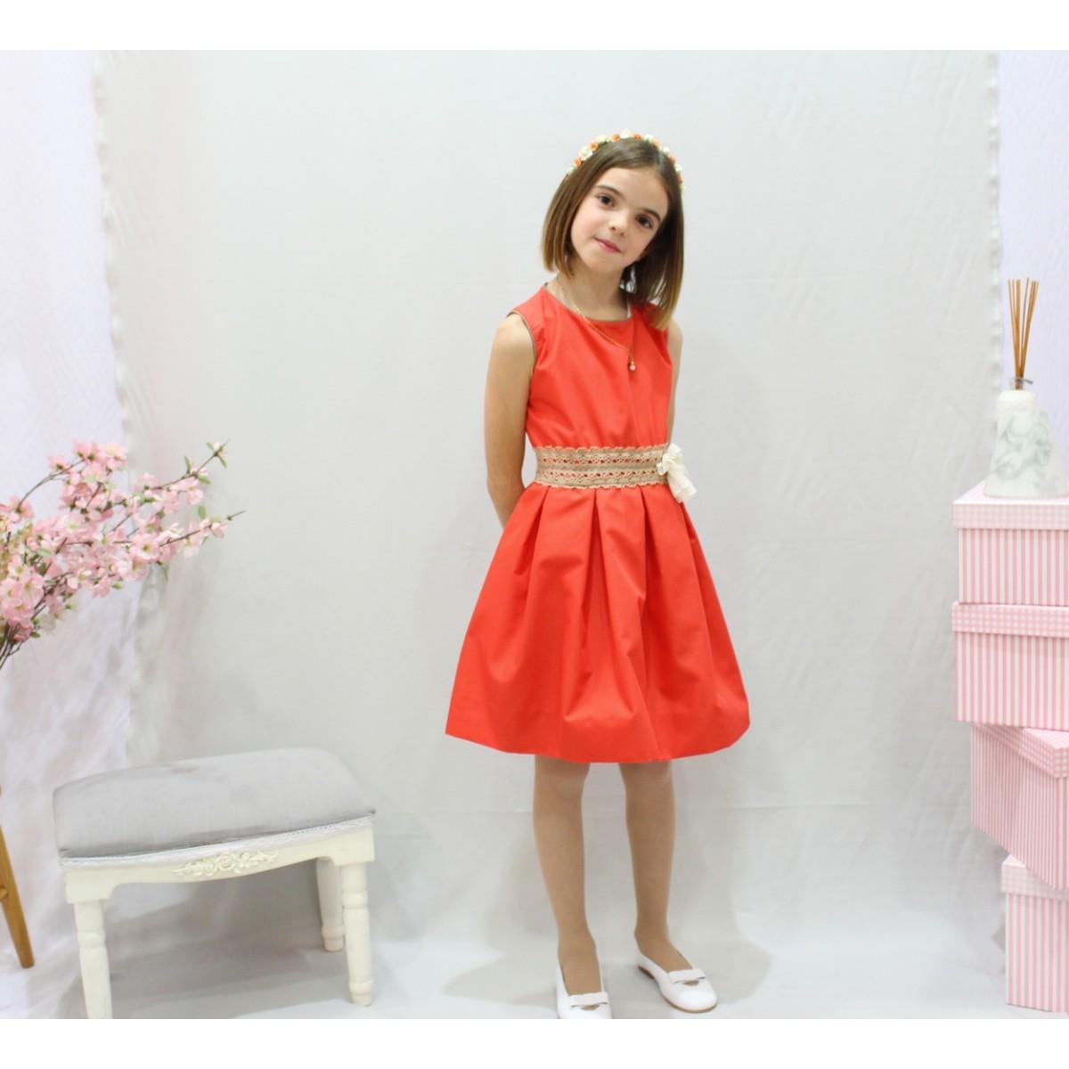 Vestido De Arras Color Coral, Con Puntilla De Bolillo