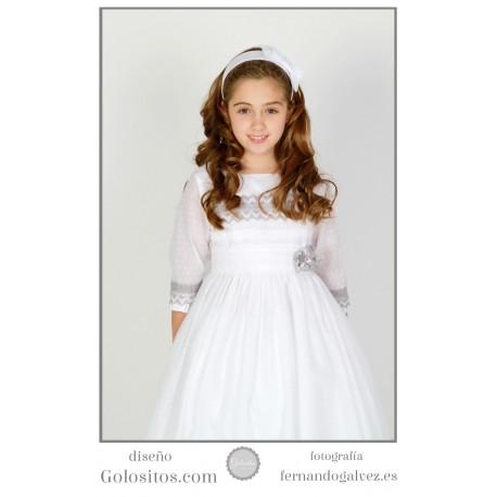 Vestido de Comunion plumeti de algodon blanco con adornos grises