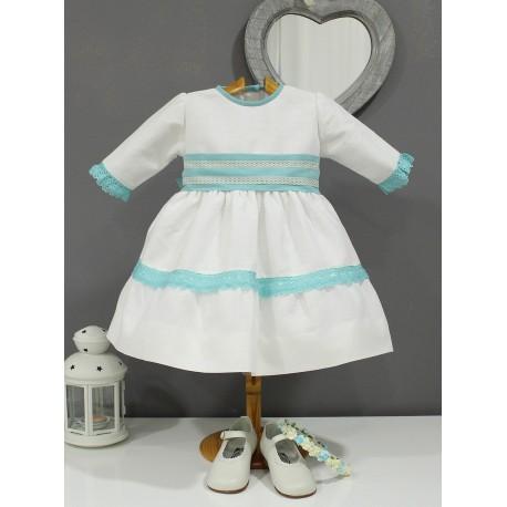 Vestido de arras, lino crudo con bolillo