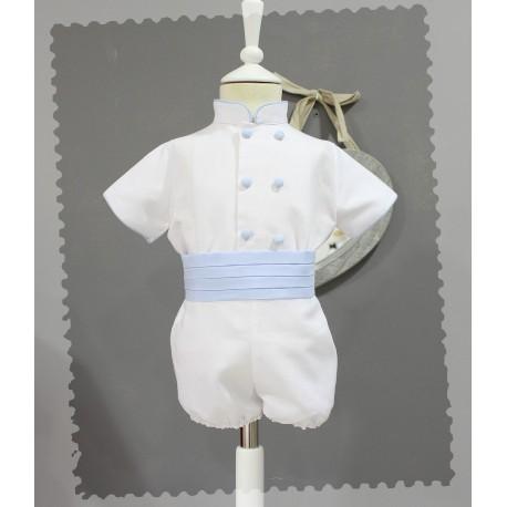 Traje de niño de ceremonia de lino blanco con fajin. Pantalon ranita. Cuello mao