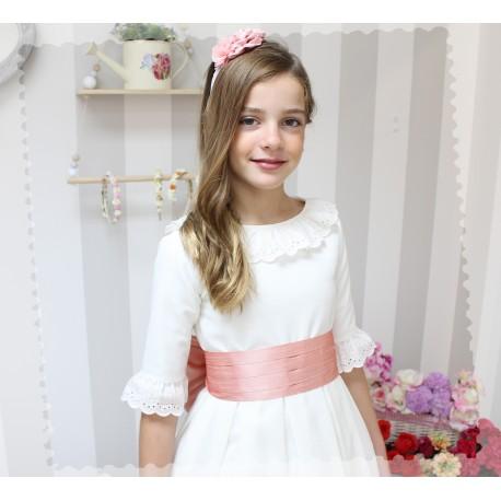 exuberante en diseño seleccione para genuino 100% de alta calidad Vestido de Comunión Lino marfil. Manga Francesa. - Golositos Ropa Infantil