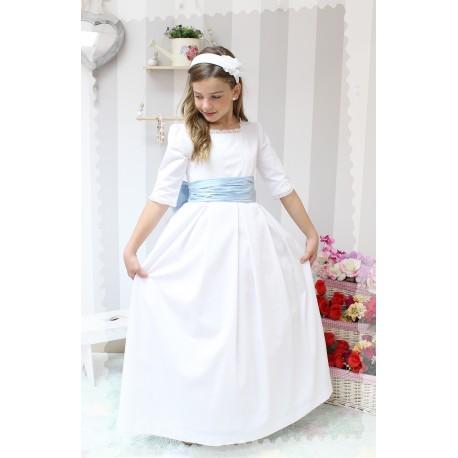 Vestido de Comunión Pique Blanco. Manga francesa, puntilla bolillo