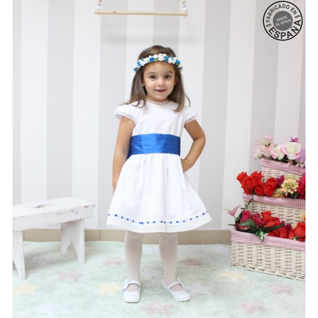 White plumeti flowergirl dress, handmade in Spain. Details in royal blue color. Short sleeves
