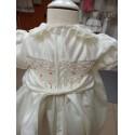 Vestido Niña Nido de abeja bordado a mano delante y detrás