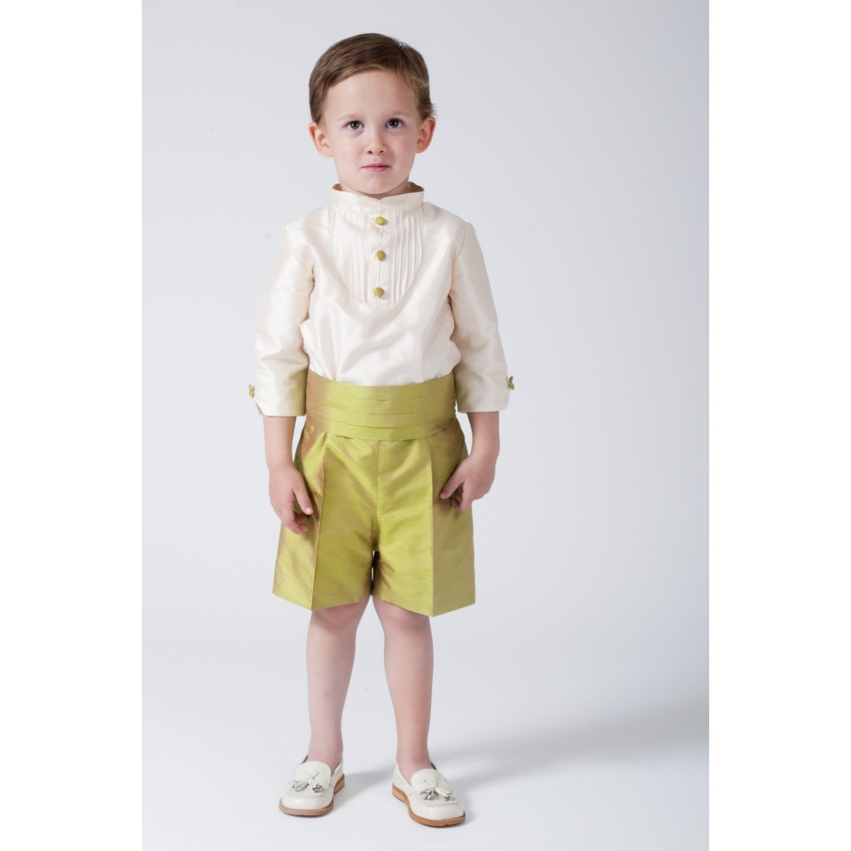 669e1ad9a5 Boy Ring bearer outfit. Ivory silk with green apple shorts ...