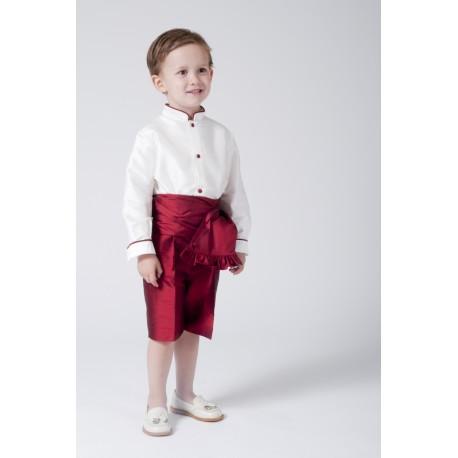 Traje de niño para boda en seda, camisa marfil pantalón granate
