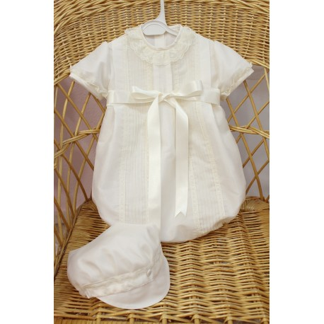Baby boy baptism romper in ivory silk organza. Puff sleeves. With classic visor beret