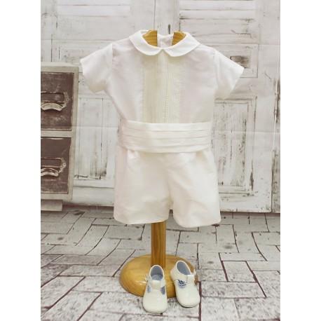 Traje de bebé bautizo, boda. En color marfil con fajín