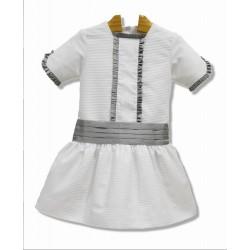 Vestido de arras, pique blanco con adornos en gris. Talle bajo